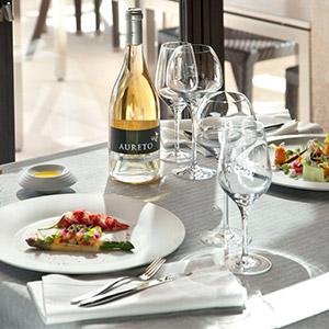London Essentials Tableware