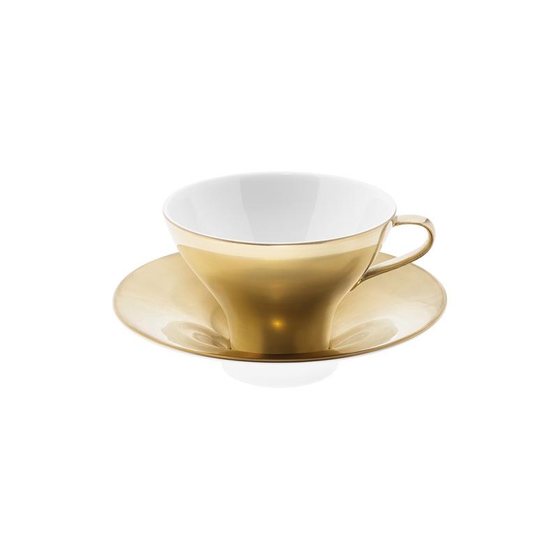 Polite Gold Teacup