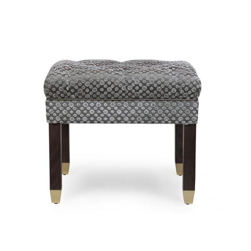Novak Stool, Dots